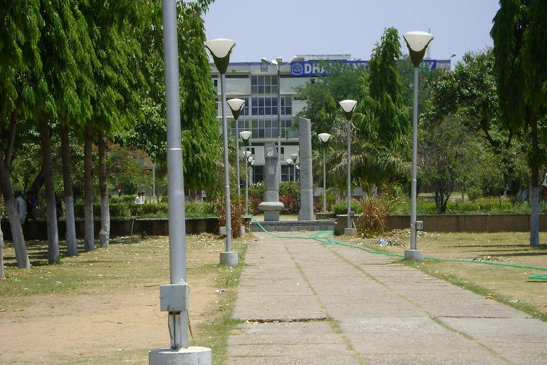 Way to Dhanvantri Library